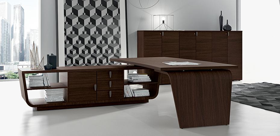 executive modern desk larus by della rovere designer studio stramigioli. Black Bedroom Furniture Sets. Home Design Ideas