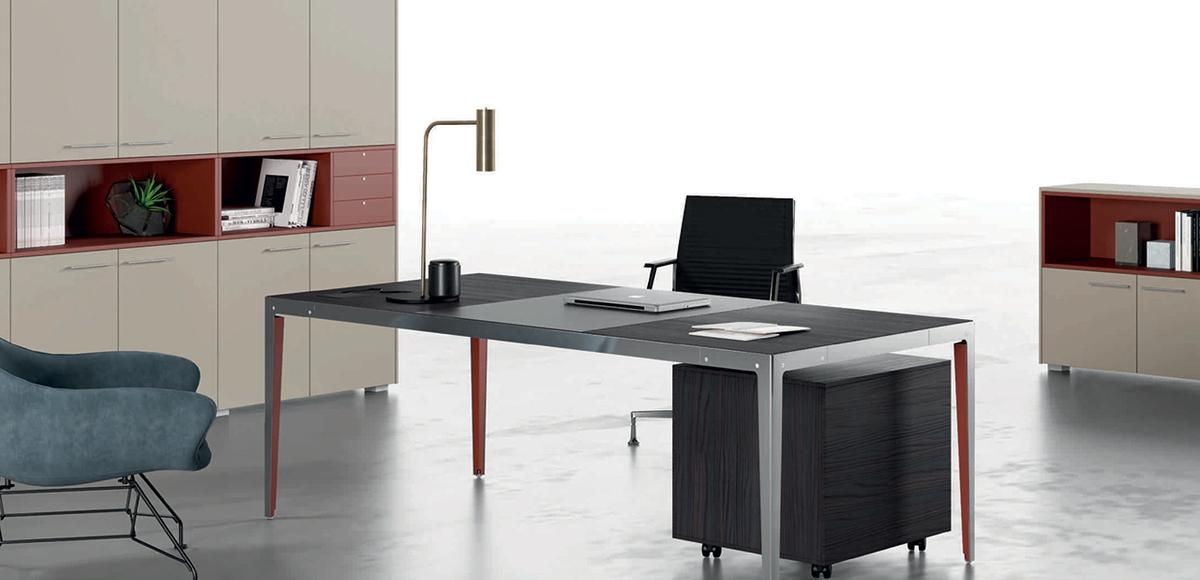 Elegant modern desk Elle by Doimoffice