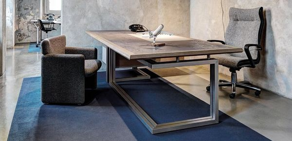 executive desk Vara